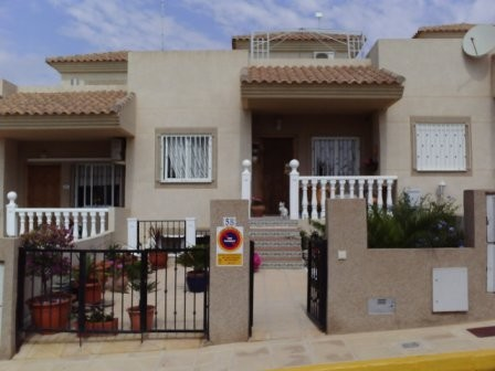 4 Bed Townhouse For Sale in Villamartin