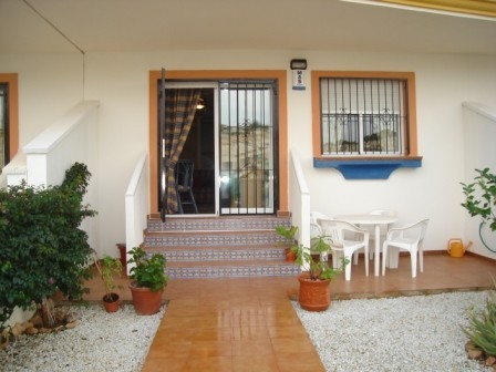 2 Bed Apartment For Sale in Las Filipinas