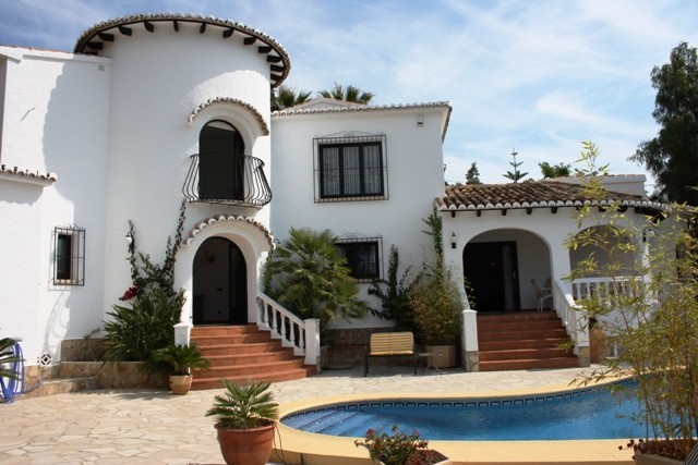 5 Bed Detached villa For Sale in Moraira