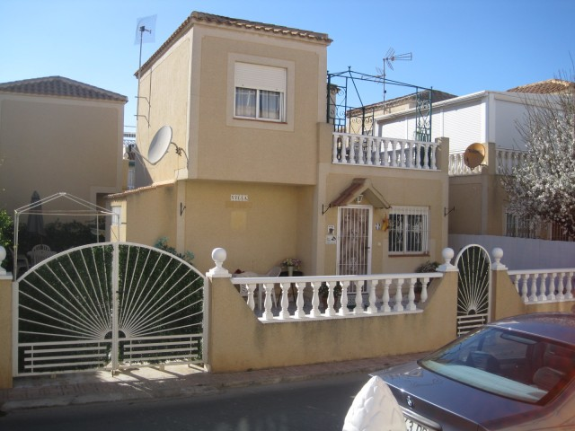 2 Bed Detached villa For Sale in Torrevieja