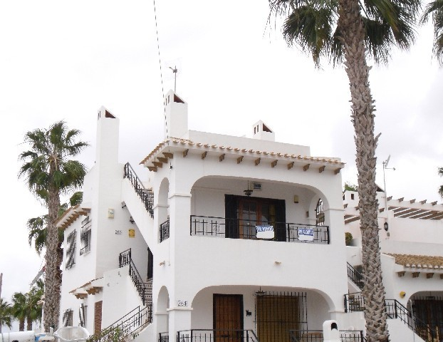 2 Bed Apartment For Sale in Villamartin