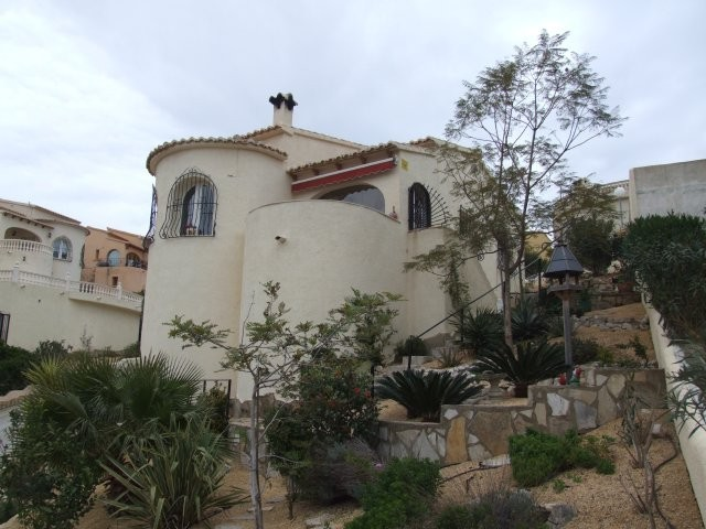 2 Bed Detached villa For Sale in Benitachell