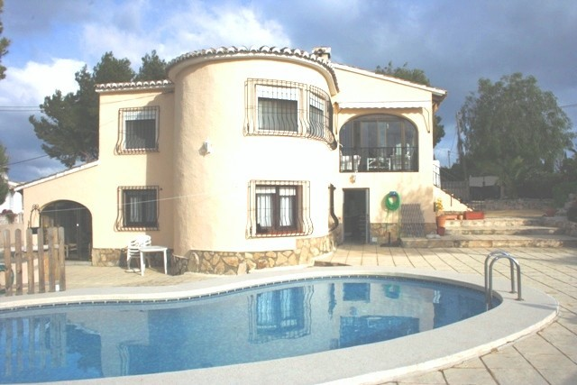 6 Bed Detached villa For Sale in Benissa