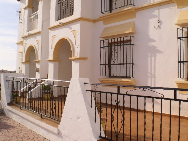 1 Bed Apartment For Sale in Villamartin