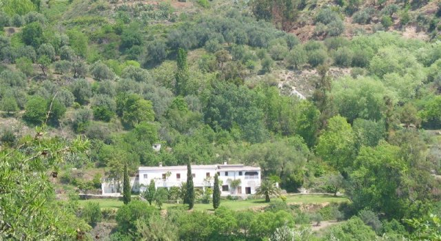 9 Bed Cortijo For Sale in Valor