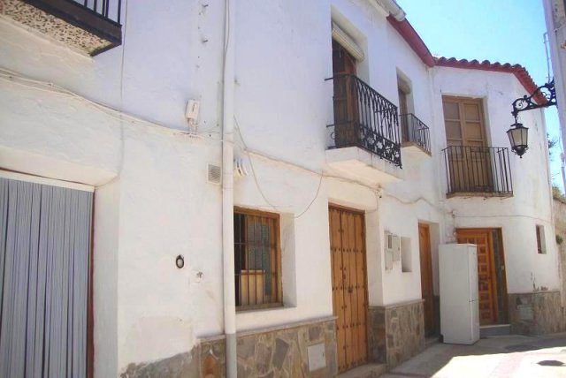 5 Bed Villagehouse For Sale in Ugijar