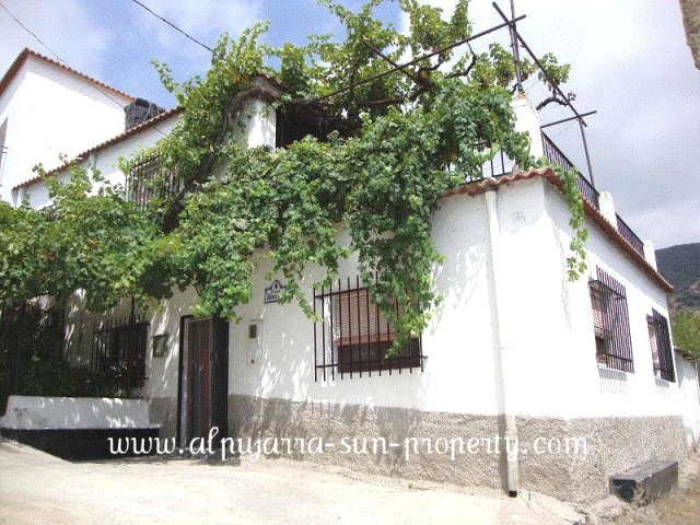 3 Bed Villagehouse For Sale in Valor
