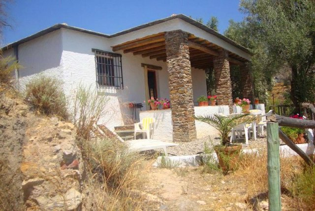 2 Bed Cortijo For Sale in Valor