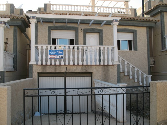 2 Bed Villa For Sale in Villamartin