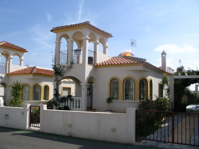 2 Bed Villa For Sale in Algorfa