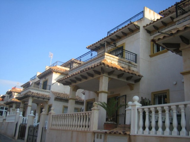 2 Bed Townhouse For Sale in Playa Flamenca