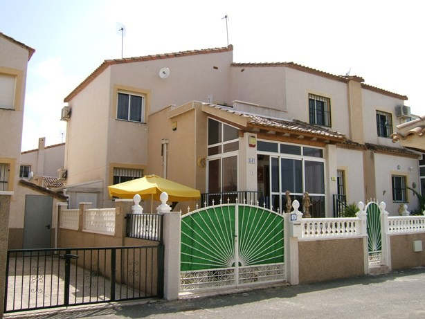 3 Bed Semi-Detached For Sale in Algorfa