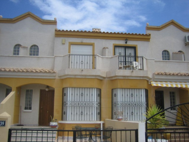 2 Bed Townhouse For Sale in Guardamar del Segura
