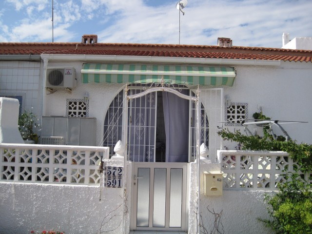 2 Bed Bungalow For Sale in La Siesta