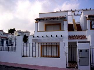 3 Bed Villa For Sale in San Miguel de Salinas