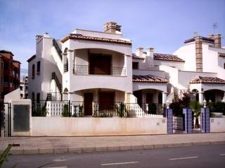 2 Bed Apartment For Sale in Orihuela Costa