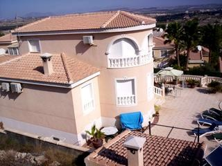 6 Bed Villa For Sale in San Miguel de Salinas