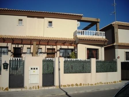 3 Bed Townhouse For Sale in Los Alcazares