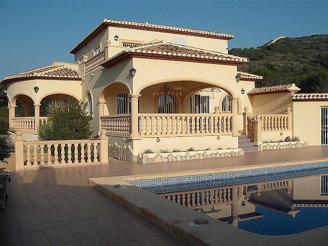 4 Bed Detached villa For Sale in Murla