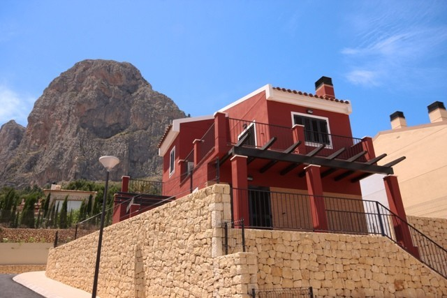2 Bed Townhouse For Sale in Polop