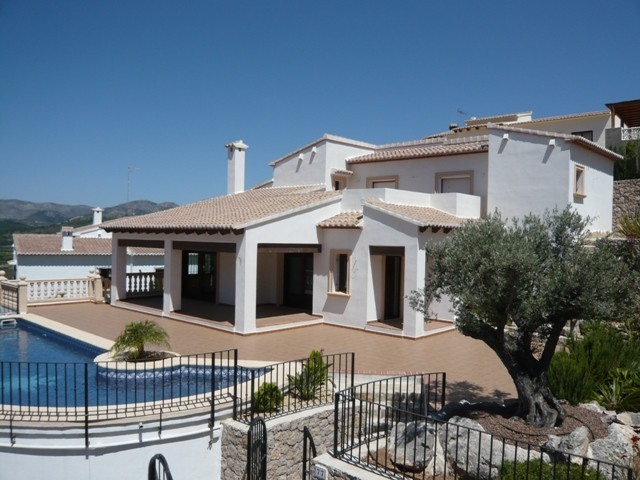 3 Bed Detached villa For Sale in Murla