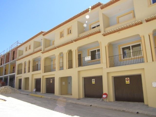 3 Bed Townhouse For Sale in Teulada