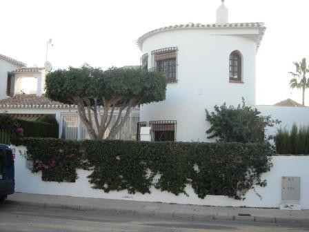 3 Bed Detached villa For Sale in Torre de la Horadada
