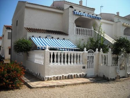 2 Bed Bungalow For Sale in Mil Palmeras