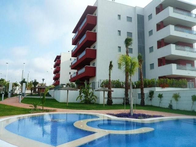 2 Bed Apartment For Sale in Arenales del Sol