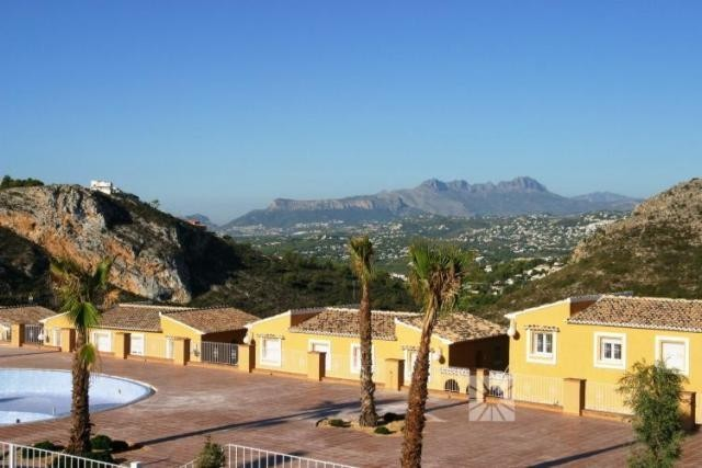 2 Bed Apartment For Sale in Benitachell